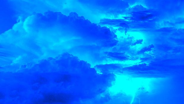 青色のイメージ 色の性格 心理効果 色彩連想